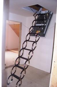 Půdní schody