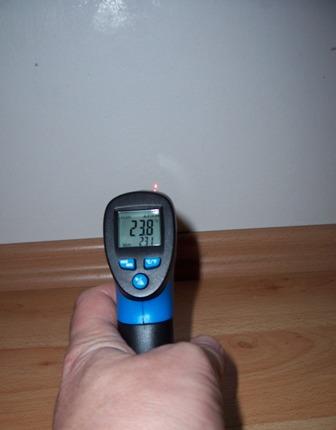 Zateplený sokl - měřená teplota u země